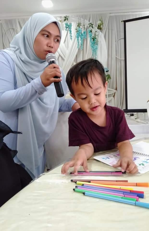 Dah Hafal 42 Surah Sejak Usia 2 Tahun, Ini Cara Didikan Ibu Ayah Ziyyad Yang Boleh Kita Contohi