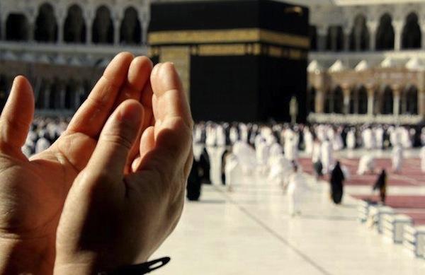 Ibu mertua berdoa di Tanah Suci Makkah. Suruh suami cari perempuan lain, ceraikan aku.