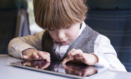 6 Keburukan iPad Kepada Kanak-kanak. Tablet Juga!