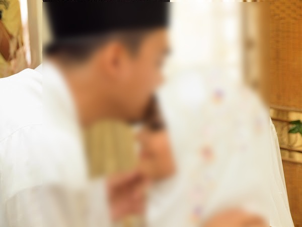 Sungguh besar cabaran kahwin muda