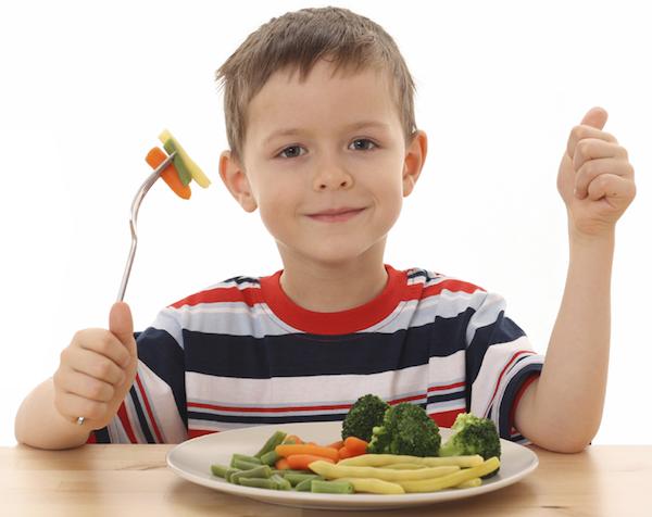 Kanak-kanak memang susah untuk diajar makan sayuran dan apa saja berkhasiat.