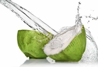 Air kelapa lebih mujarab jika tak letak gula
