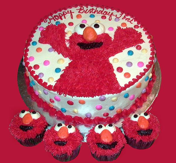 Tentu anak teruja jika dapat kek hari jadi