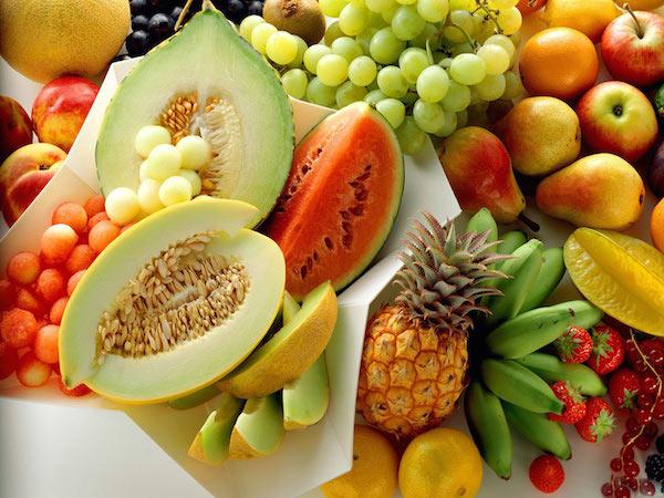 Banyakkan makan buah-buahan tempatan