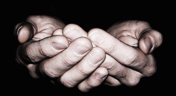 Sentiasa bertaubat dan beristighfar kepada Allah s.w.t.
