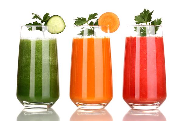 Minum jus buah-buahan juga salah cara nyah-toksin