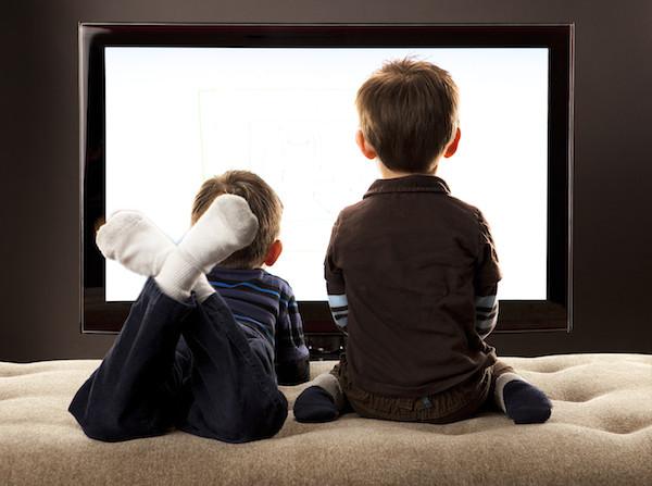 7 Cara Menangani Anak Suka Tengok Kartun Di TV, iPad & Tablet.