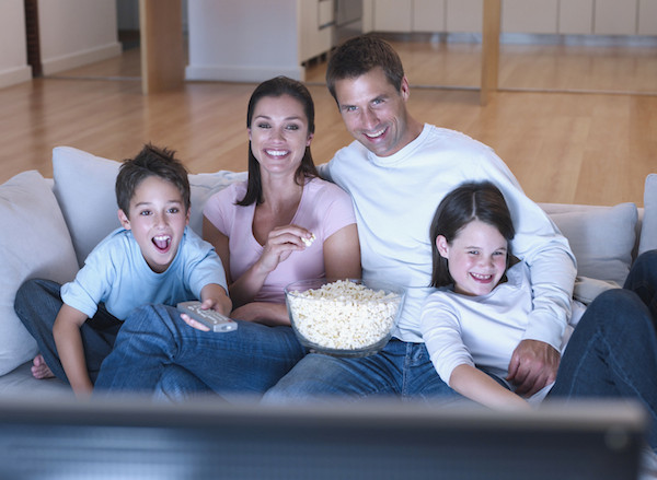 Hubungan kekeluargaan lebih erat jika tonton TV bersama-sama