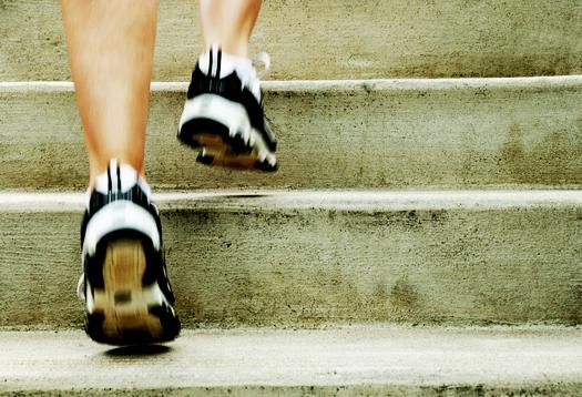 Sekali-sekali, naik tangga