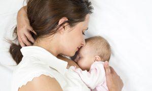 Penyusuan susu ibu secara eksklusif