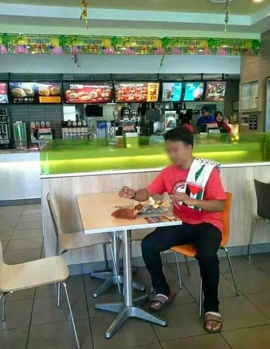 Gambar Boikot Israel di McDonalds Malaysia