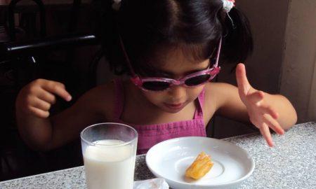 5 Tips Anak Duduk Diam Di Kedai Makan & Restoran