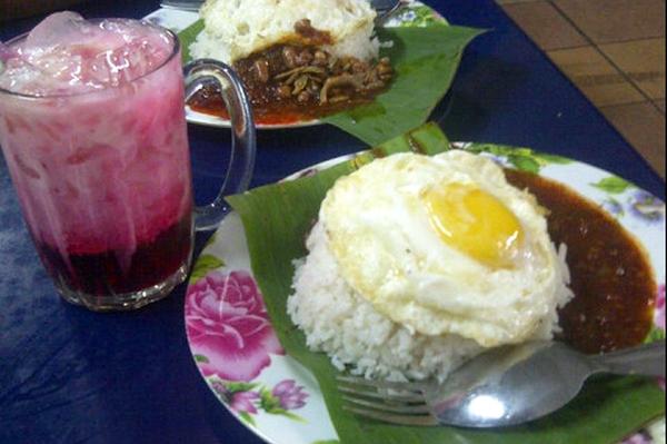 Nasi Lemak Popular di Kuala Lumpur - Nasi Lemak Selera Jaya 223 4