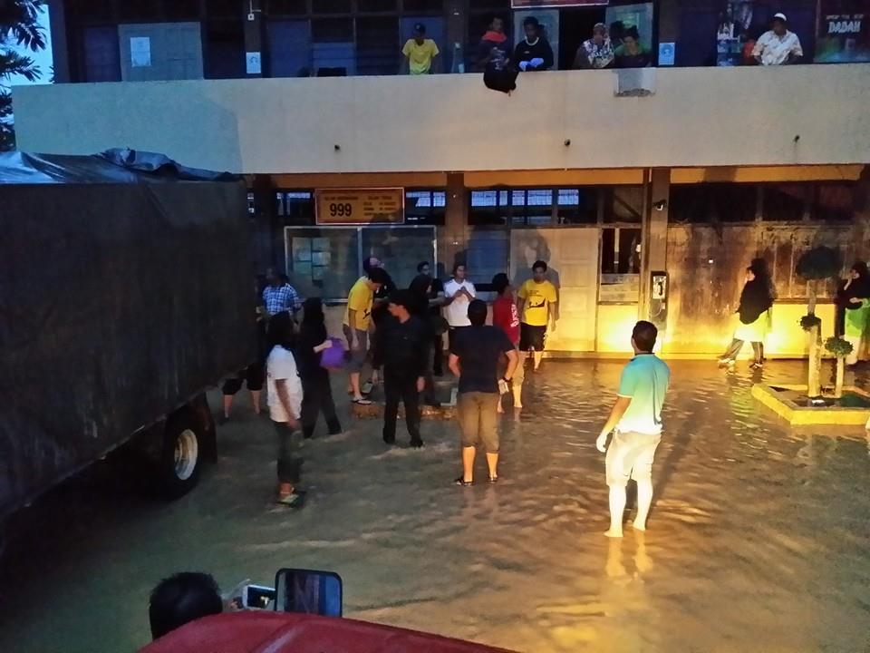 Misi Bantuan & Sumbangan Mangsa Banjir 2014