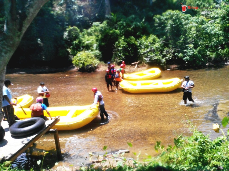 White Water Rafting Kuala Kubu Bharu Hulu Selangor-03