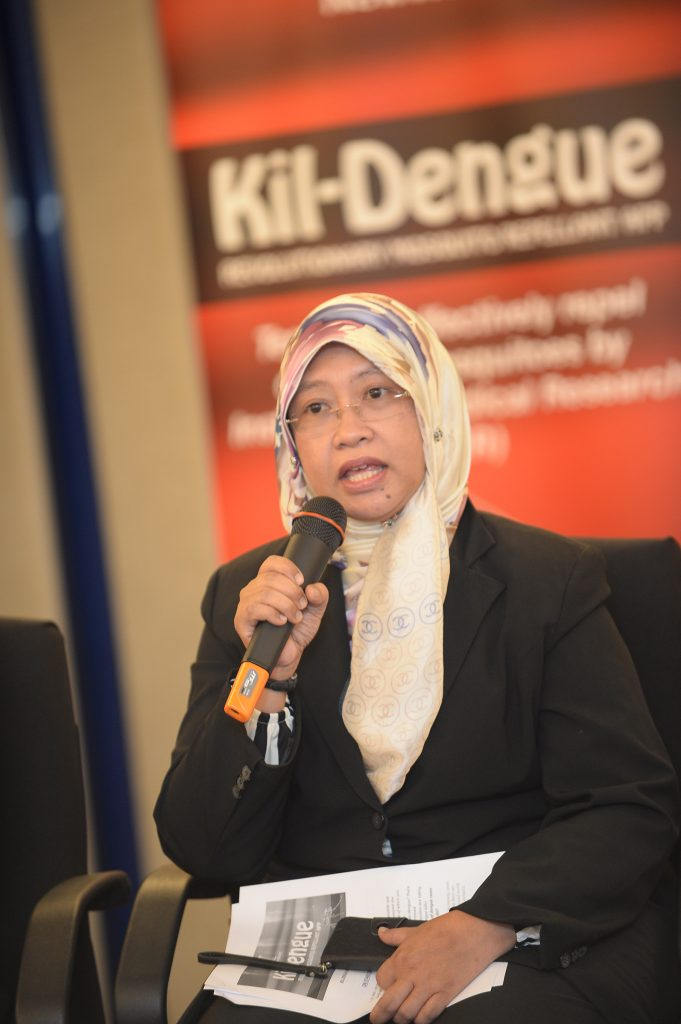 Dr Hidayatul, Associate Professor of Parasitology & Medical Entomology, UKM  presenting on dengue & Aedes mosquitoes