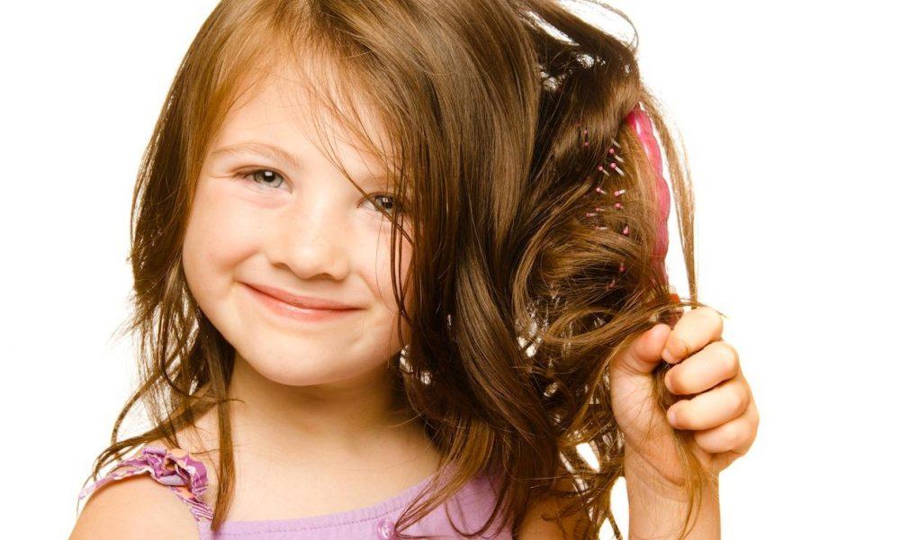 9 Cara Melebatkan Rambut Anak Kecil Supaya Cantik Semulajadi