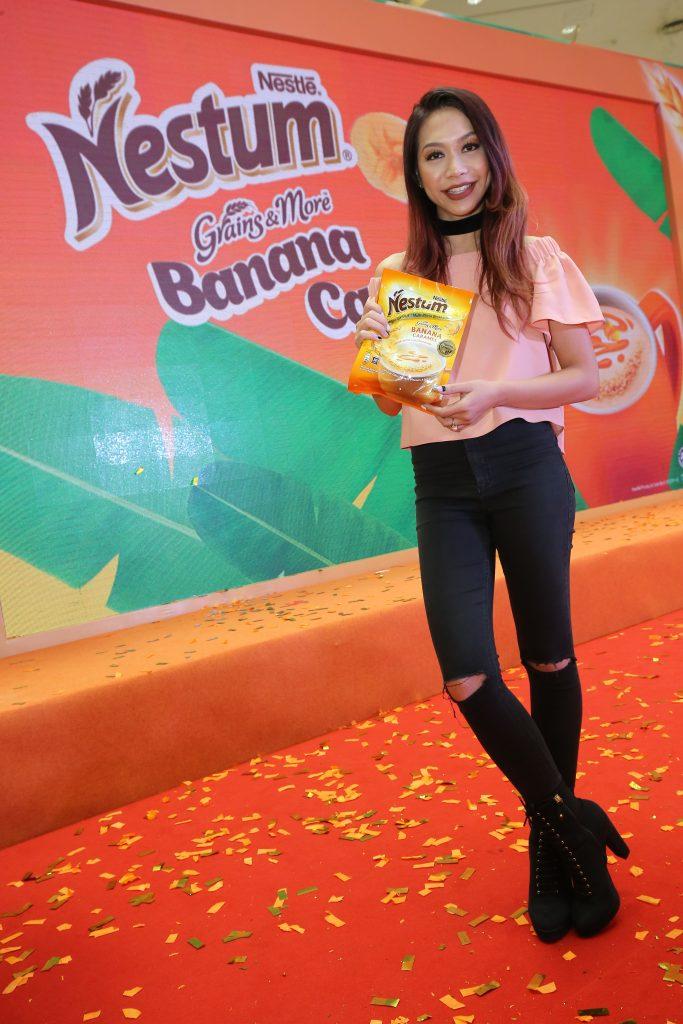 Bananamel challenge influencer - Hunny Madu, rap artiste-tv host