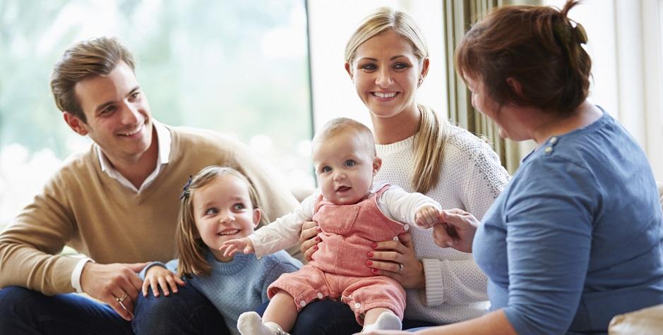 pengasuh bayi