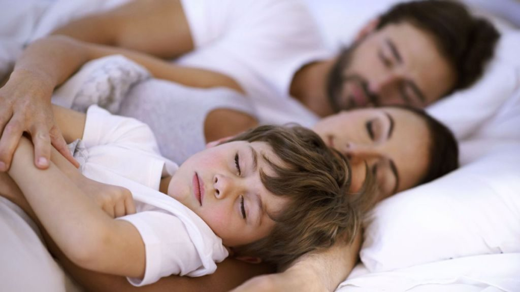 cara asingkan tempat tidur anak