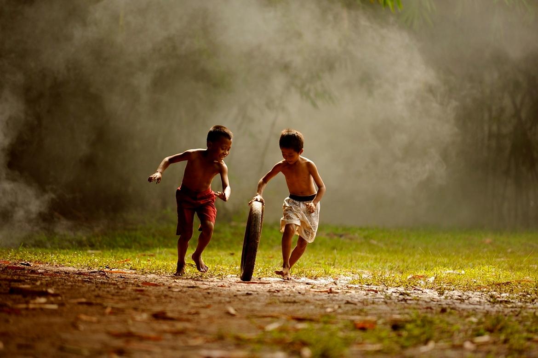 10 Permainan Tradisi Yang Patut Dimainkan Semula Bersama Anak