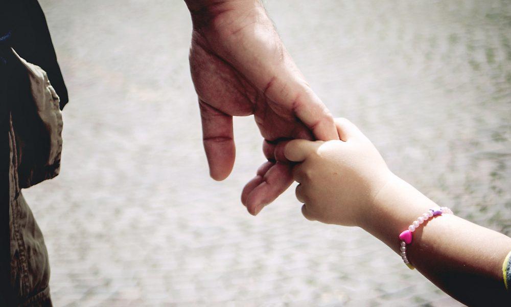 9 Perkara Seorang Ayah Tak Pernah Beritahu Kita