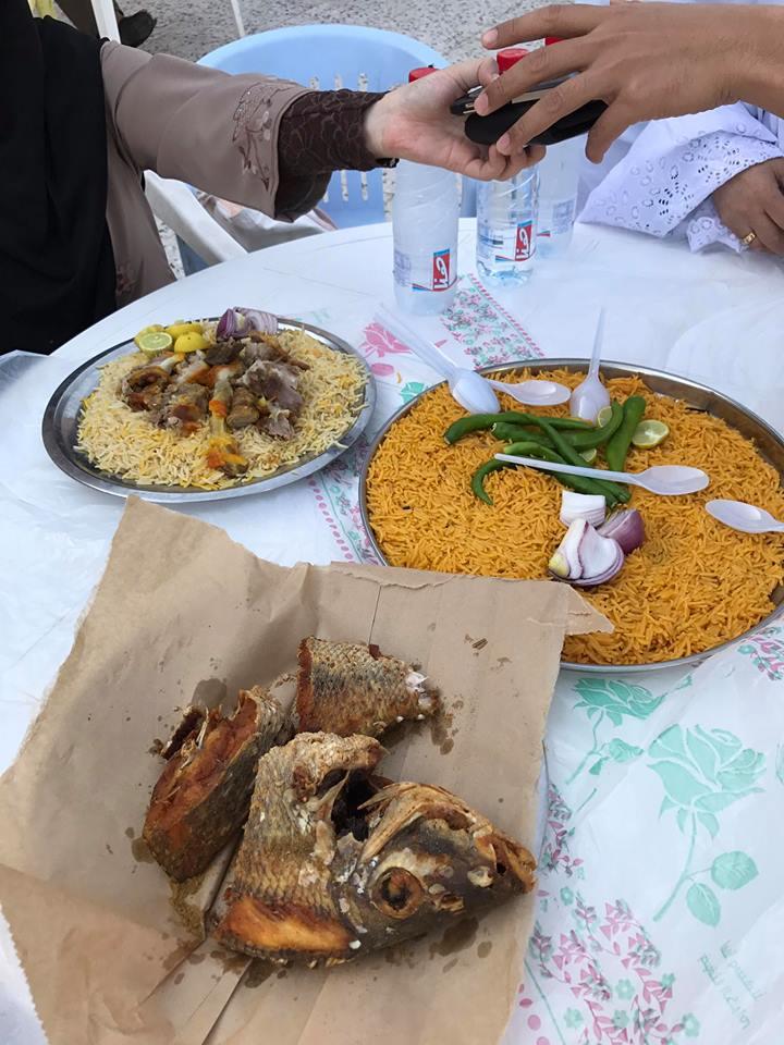 Lunch dlm perjalanan Madinah ke Mekah