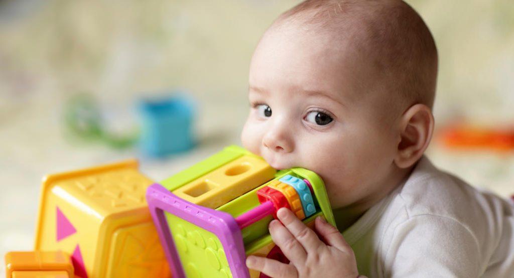 6 Langkah Yang Anda Boleh Gunakan Untuk Elak Anak Minta Sentiasa Didukung