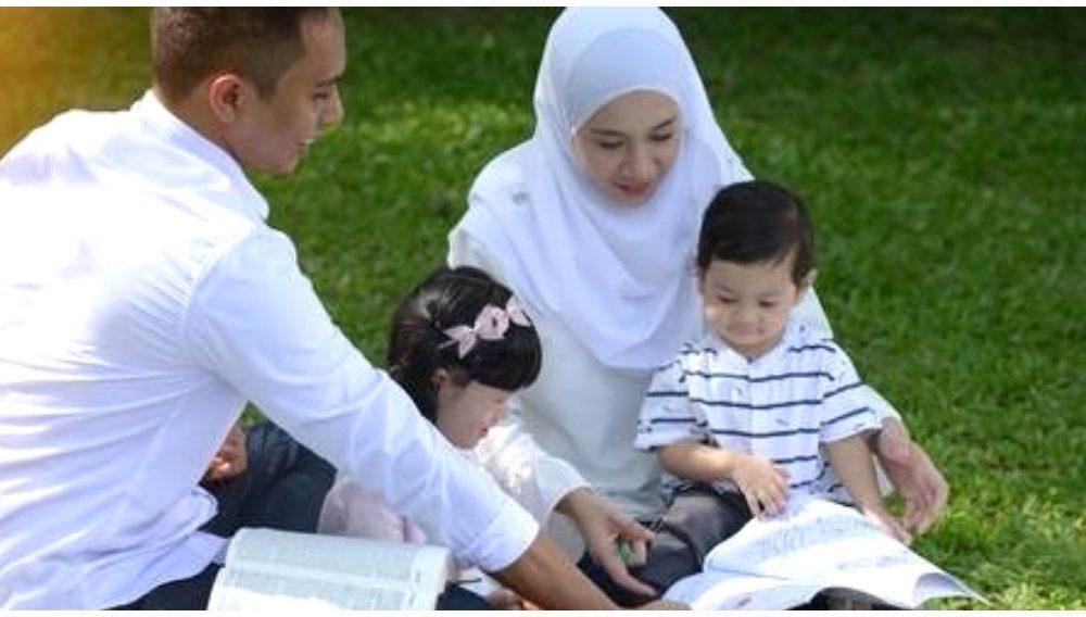 Doa Ibu Ayah Cukup Mustajab, Jom Amalkan 5 Doa Penerang ...